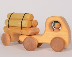 Wooden logging truck, wooden truck, truck by l'Atelier Cheval de bois - biler - Diy Wooden Toys Plans, Wooden Crafts, Wooden Toy Trucks, Wooden Car, Wood Games, How To Make Toys, Pull Toy, Waldorf Toys, Wood Sculpture