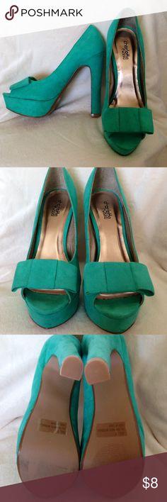 "Green Suede Pumps Stilettos Platform Heels size7 Gently worn heels at 5"" with 1"" platform No Trades Charlotte Russe Shoes Platforms"