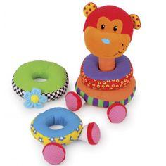 Opica Škorica je vyrobená z pestrofarebného textilu. Každý textilný prstenec je prešívaný z kontrastných látok a naplnení materiálom, ktorý zaujme detský sluch: šuští, hrká, škrípe. Hračka pozostáva zo štyroch mäkkých kruhov, ktoré má dieťatko nastoknúť na textilnú strednú časť. Opica je hotová, keď sa hlava umiestni na prstence nastoknuté na stredovom dieliku.