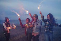 AMANDA JULCA Photographer www.amandajulca.com #losangeles #california #DockweilerBeach #westcoast #elmatadorbeach #malibu #Editorial #styling #Lifestyle #sparklers #campfire