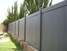 cheap x composite fence, replace old fence panel - Modern Design 6ft Fence Panels, Garden Fence Panels, Fence Gate, Backyard Garden Design, Backyard Fences, Cedar Wood Fence, Wooden Fences, Brick Fence, Fence Paint Colours