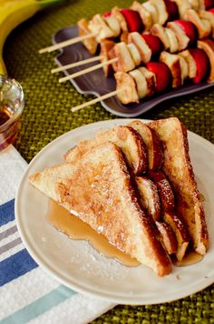 No more soggy french toast! Try this Fluffy French Toast Recipe! Fluffy French Toast, Cinnamon Roll French Toast, French Toast Bake, Cinnamon Rolls, Brunch Recipes, Breakfast Recipes, Brunch Ideas, Breakfast Ideas, Dinner Recipes