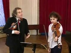 Zakhar Bron teaches Bach, Violin Concerto in A Minor, BWV No. 1041 - YouTube
