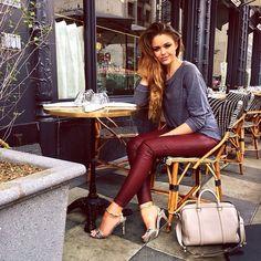 Kristina Bazan @kristina_bazan Instagram photos | Websta Casual Elegant Style, Elegant Outfit, Feminine Style, Casual Chic, Cool Outfits, Casual Outfits, Fashion Outfits, Winter Outfits, Kristina Bazan