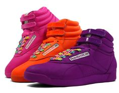 364f9cbded2 I had these in red and black. High Top Reeboks, 80s Fashion, Vintage