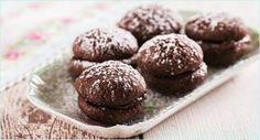Brownie-Schokoladenkekse mit Aprikosenfüllung | http://www.backenmachtgluecklich.de