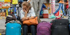 Los #Migrantes huyendo del #Colapso en #Venezuela llegan por millares a territorio de #Colombia; hay un #Caos en ambos lados de la #Frontera más viva de #América ||| Más detalles de la #Noticia en #Twitter ||| César Escuraina (@CESCURAINA) | Twitter