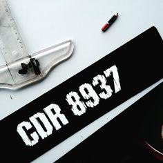 Mohon jgn terserempak dgn abg jpj mcmcomeljepenselkontottu #platenumber #custommade #lasercut #design #carplates #car #justforfun #Malaysia #plate #number #night2 #platekereta by zranuar