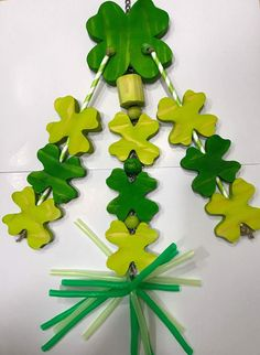 Lucky Clovers - Large