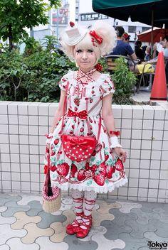 Strawberry sweet Lolita in Harajuku  - Japanese fashion