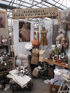 Great display by laurie @ round barn potting co, andover, mn outside minnesota love the dress forms stacked high. Flea Market Displays, Flea Market Booth, Flea Market Style, Store Displays, Flea Markets, Vintage Market, Vintage Shops, Antique Market, Craft Booth Displays