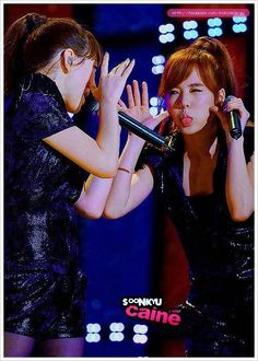 """Taeyeon and Sunny """"Oh!"""""""
