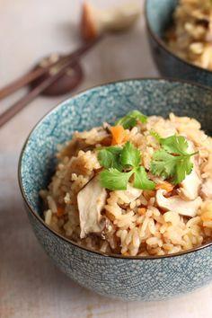 "Easy Japanese one pot wonder rice dish ""Takikomi Gohan"" Easy recipe, Japanese food  Rice Chicken Mushrooms Takikomi Gohan http://www.chopstickchronicles.com"