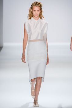 Osklen Spring 2013 Ready-to-Wear Collection Slideshow on Style.com