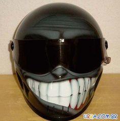pintura em capacete