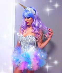 @nadoo89 is killing it in her custom #electriclaundry unicorn outfit!!