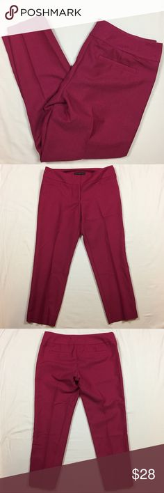 """The Limited Drew fit pink capri pants 6 Gently used. Two front pockets. Two back pockets. Berry pink color. Polyester and rayon blend. 16"""" across waist. 26"""" inseam. The Limited Pants Capris"""