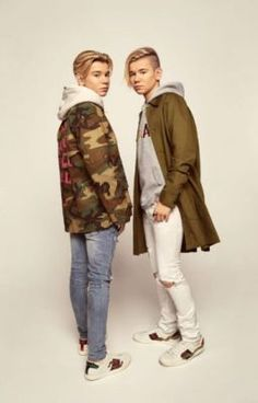 Marcus and Martinus Imagines Cute 13 Year Old Boys, Cute Boys, My Boys, Mike Singer, Love Twins, Black Wallpaper Iphone, Perfect Boy, Chloe Grace, Pretty Wallpapers