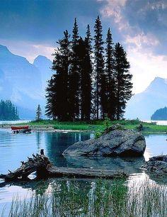 nice ✯ Jasper National Park, Canada...