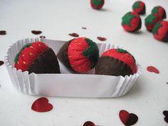 Felt Food ChocolateDipped Strawberries by FiddledeeDeeCraft, $15.00