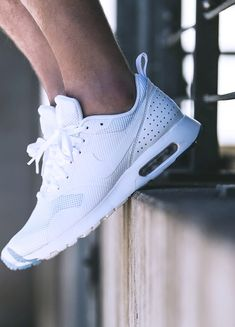 The White Tavas #kicksology