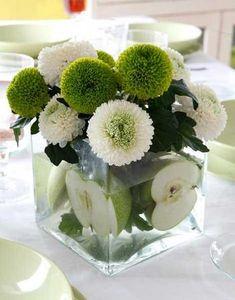Delicados centros de mesa con flores