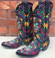 Rivertrail Mercantile - Old Gringo Klak Boots L1300-1, $650.00 (http://www.rivertrailmercantile.com/old-gringo-klak-boots-l1300-1/)