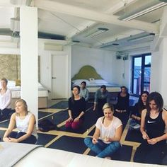 Throwback to our yoga event last week! Thanks to everyone who came out! #tbt #throwback #yoga #yogi #kingsroad #chelsea