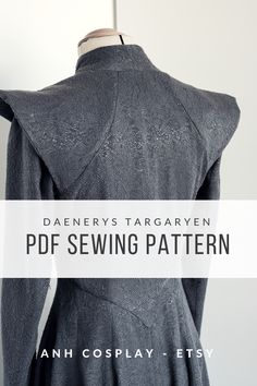 GoT season 8 is coming! Are you thinking cosplaying Game of Thrones girls? Look this Daenerys Targaryen PDF cosplay sewing pattern :D Danerys Targaryen Costume, Daenerys Targaryen, Pdf Sewing Patterns, Sewing Ideas, Sewing Projects, Diy Costumes, Halloween Costumes, Game Of Thrones Girl, Andrea Lopez