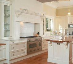 Kitchen with Ilve stove (a must)