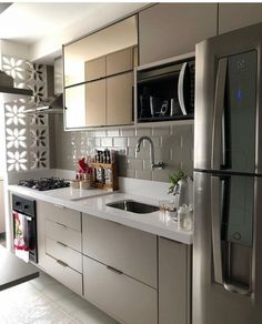 70 Clever Tiny House Interior Design Ideas – decorationroom - New ideas Kitchen Room Design, Home Decor Kitchen, Kitchen Furniture, Kitchen Interior, Interior Design Living Room, Small Toilet, Cuisines Design, Small Living Rooms, Kitchen Remodel