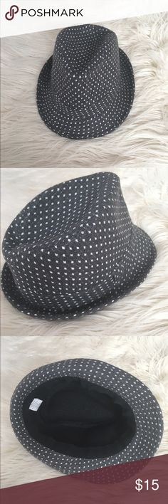Fedora Fedora Good condition. Grey with white spots Accessories Hats