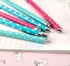 Mechanical Pencil - Delightful Dots Mechanical Pencils | CoolPencilCase.com | Matite