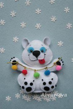 Фотография Felt Christmas Decorations, Crochet Christmas Ornaments, Felt Ornaments, Handmade Christmas, Christmas Animals, Kids Christmas, Felt Dogs, Felt Patterns, Felt Applique