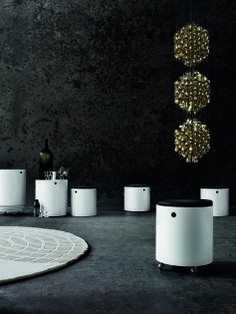 Partyset Table, Rug and Spiral Triple Gold SP3 - All Verner Panton products http://decdesignecasa.blogspot.it