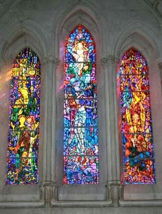 National Cathedral - stained glass window - Picture of Washington National Cathedral, Washington DC - Tripadvisor Stained Glass Church, Stained Glass Art, Stained Glass Windows, Mosaic Glass, L'art Du Vitrail, Architecture Religieuse, Washington National Cathedral, Church Windows, Cathedral Windows