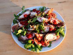 Parmaknyten med ädelost, på en bädd av fikon | Recept.nu