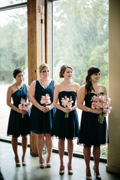 Sweet Little Austin Wedding At Barr Mansion With Unstated Detailing_8