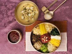 ^^,   world  best  food .       비빔밥  ..   우주인도  좋아하는..  한국  음식.  영양만점.  세계가  인정한 ...웰빙  건강음식.  드셔 보시겠습니까 ?.    ^^