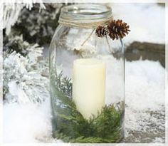 LUCI DI NATALE - A Natale punta su soluzioni di luce diverse: led colorati o candele aromatiche per atmosfere soffuse...