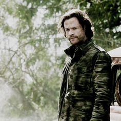 For all your Sam Winchester needs. Winchester Supernatural, Supernatural Memes, Castiel, Supernatural Pictures, Supernatural Seasons, Sam Winchester, Winchester Brothers, Misha Collins, Bad Boys