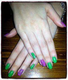Decoración puzzle Shellac. Nails desing Shellac green and pink decoration puzzle