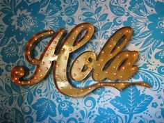 Hola (photo by elise blaha on flickr)