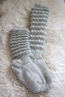 Dzīpari S, tekstila izstrādājumi : Adījumi : Pils iela Alūksne, Alūks& Stick O, Knitting For Charity, Fingerless Mittens, Knitting Socks, Leg Warmers, Pullover, Knit Crochet, Knitting Patterns, Creative