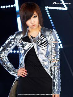 #2NE1 #Minzy [Single : I Am The Best] 2011.06