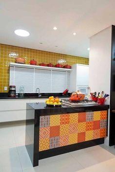 Casa AP+VP: Cozinhas modernas por ANDRÉ PACHECO ARQUITETURA