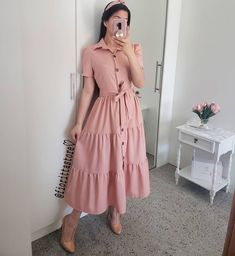 Fashion 2019 New Moda Style - fashion Indian Gowns Dresses, Modest Dresses, Modest Outfits, Simple Dresses, Casual Dresses, Skirt Outfits, Frock Fashion, Modesty Fashion, Fashion Dresses