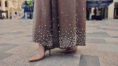 #NewCollection ✨ Scattered Pearls in two different sizes on a Abaya ✨.. Available for Orders! For more info, contact us on Whatsapp! • العباي من الكولكشن الجديد و متوفره للطلب ✨الرجاء التواصل على الواتساب لمزيد من المعلومات! • #PearlsinLace