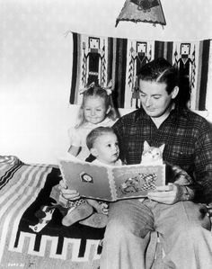 Don Defore reads bedtime stories [ NineAndAHalfMonths.com ] #celebrities