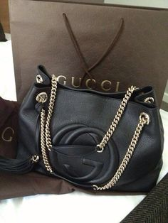 Gucci winter 2015 What a lovely bag made by Gucci. Gucci  Gucci  Purse 95fdd65ba3ed0